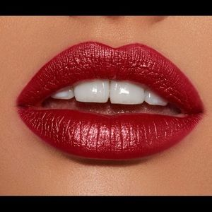 KYLIE METAL LIQUID LIPKIT NAUGHTY IS THE NEW NICE